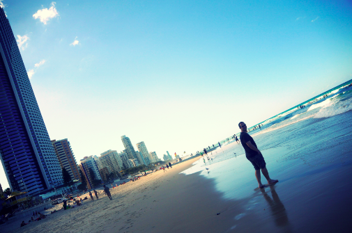 Sgold coast surfers paradise