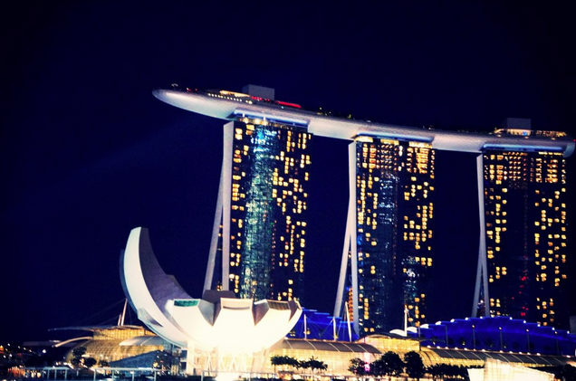 marina bay sands sparkle singapore