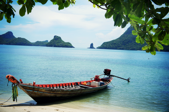 Not a ferry boat - but Thailand's most famous kind of boat...