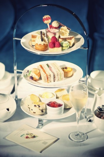 english-afternoon-tea-on-cake-stand.jpg_effected