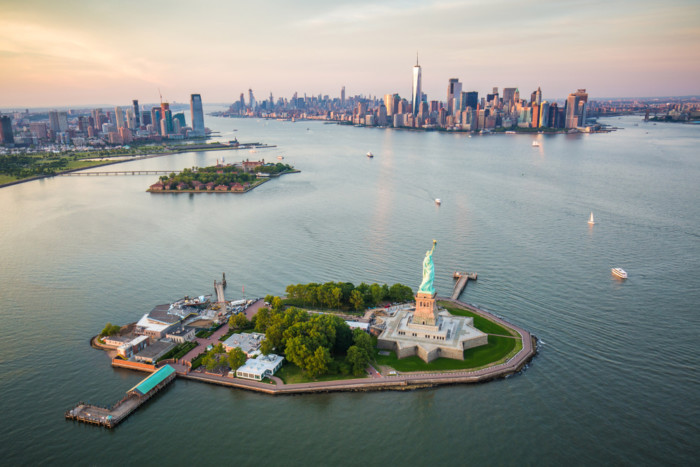 best way to see the statue of liberty