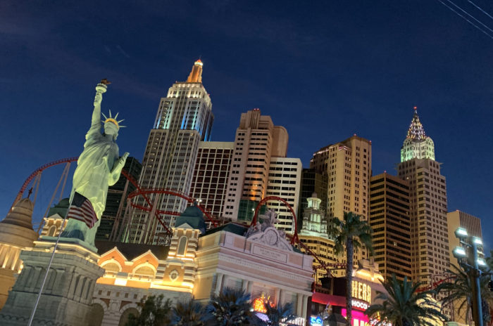 things to do in las vegas for couples