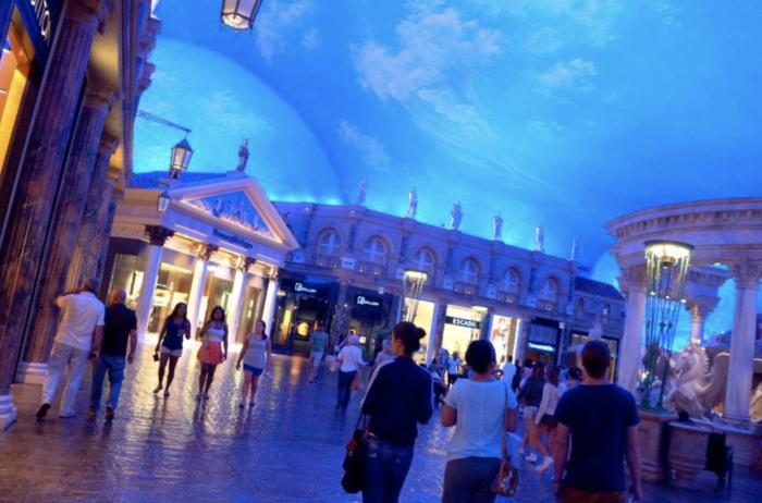 Are kids allowed in Las Vegas hotels 2020
