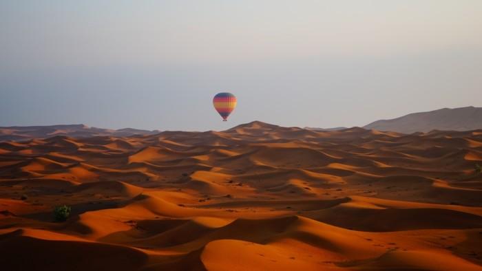 Dubai proposal package hot air balloon