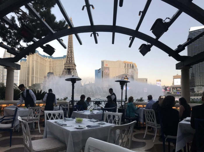 Las Vegas restaurants with a view of the Bellagio Fountains 1