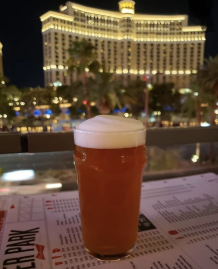Las Vegas restaurants with a view of the Bellagio Fountains 5