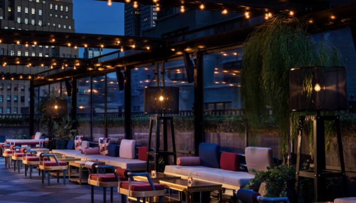 outdoor rooftop bars in new york city