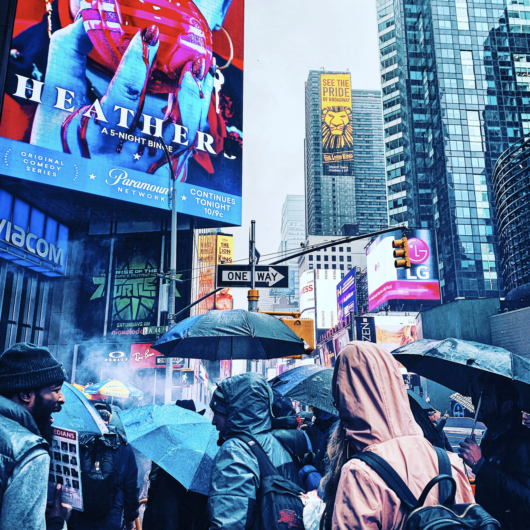how to take a picture in Times Square 2020