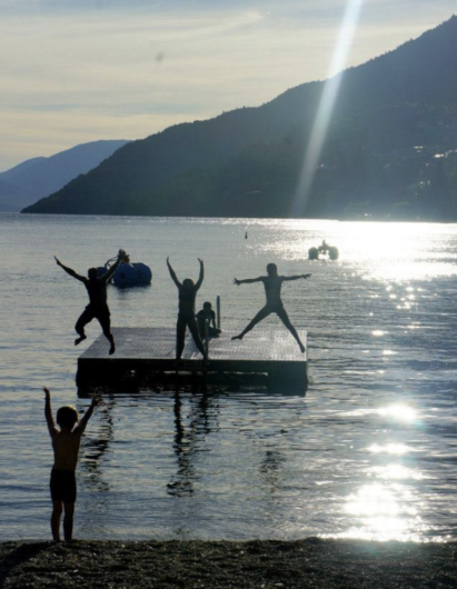 swimming spots in Queenstown the best areas