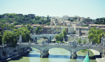 Where to stay in Rome along the river