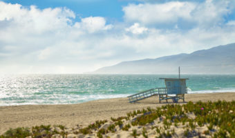 beach towns near Los Angeles