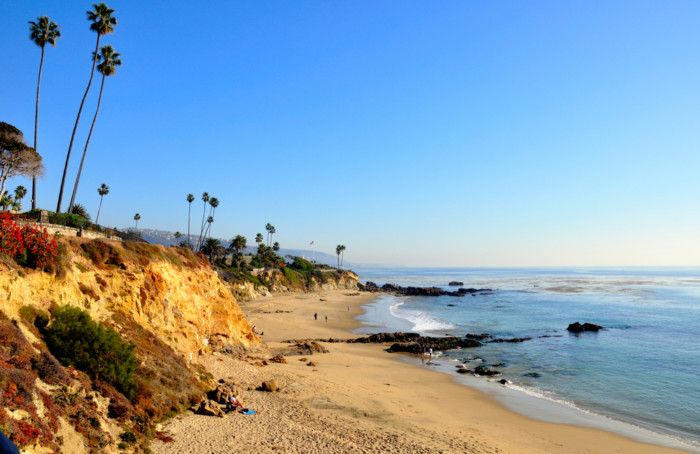 beach towns near Los Angeles USA