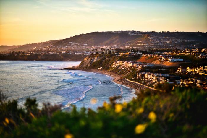 beach towns near Los Angeles. !