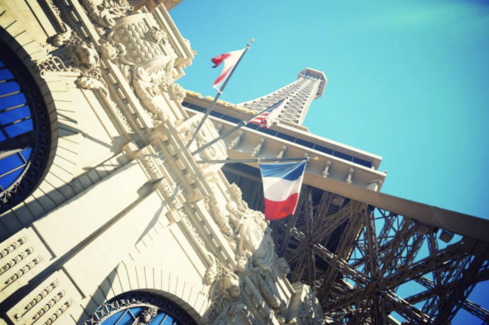 things to do in Las Vegas during the day eiffel tower