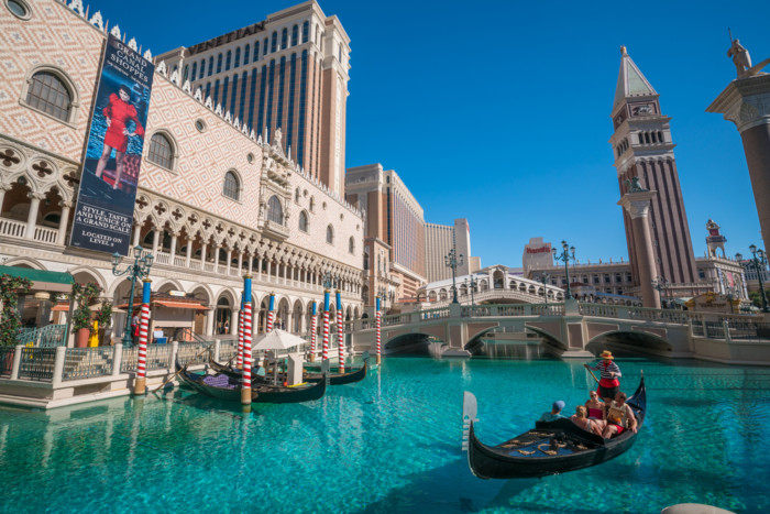 things to do in Las Vegas during the day gondola