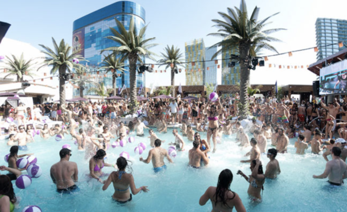 things to do in Las Vegas during the day pool party