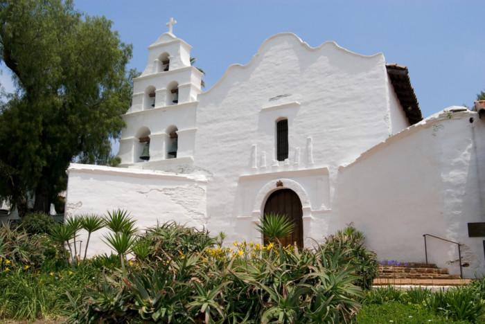 Basilica San Diego de Alcala California missions