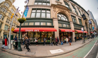 the best grocery stores in Manhattan