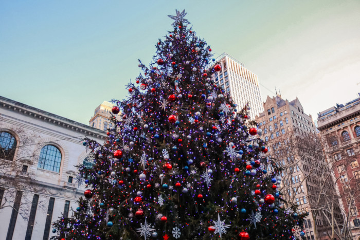 When does Christmas season start in NYC?
