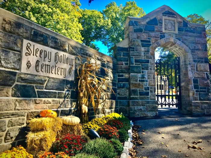 things to do in Sleepy Hollow - cemetery