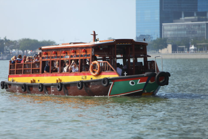 river cruise singapore