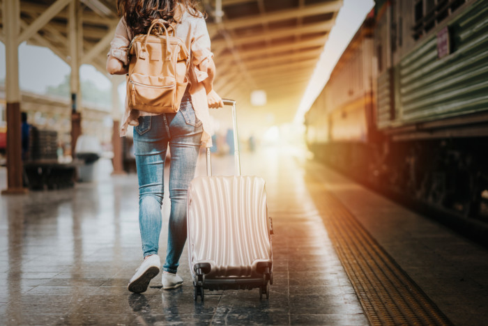 best durable luggage suitcases for travelers