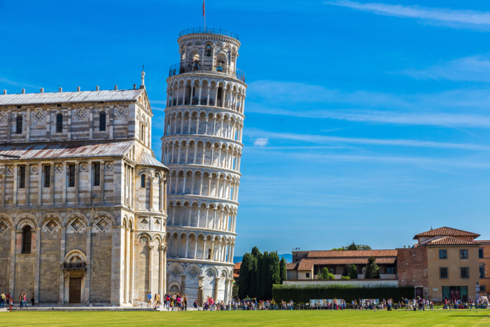 best places to visit in Italy pisa