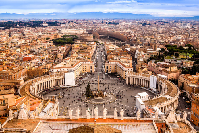 must see places in italy vatican city