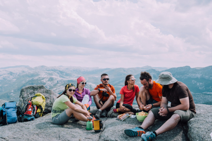 best hiking snacks for long trips