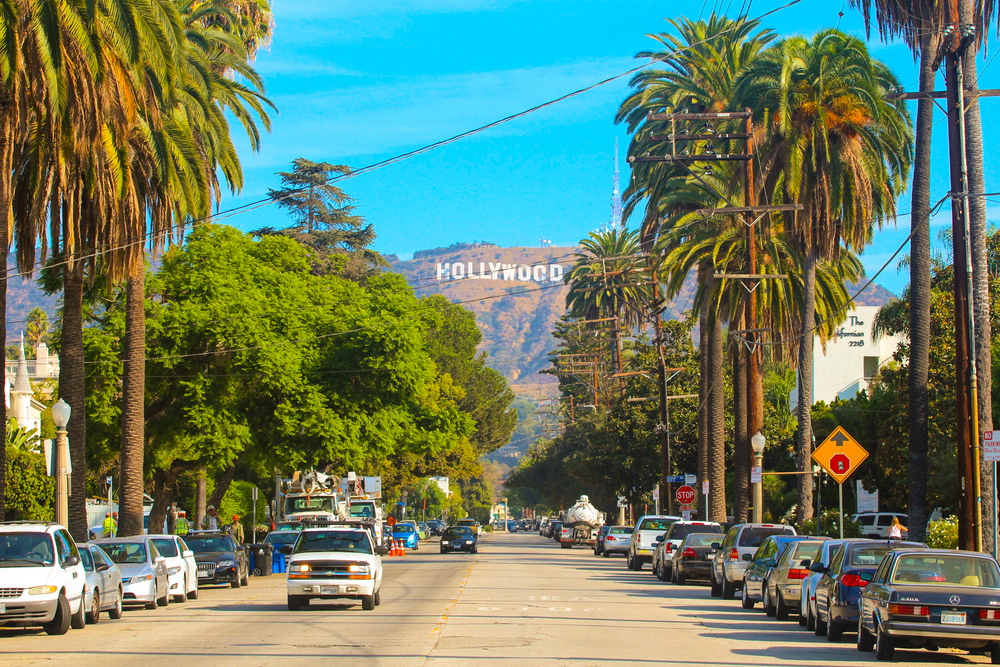 This image has an empty alt attribute; its file name is hollywood-los-angeles-day-trips-from-las-vegas.jpg