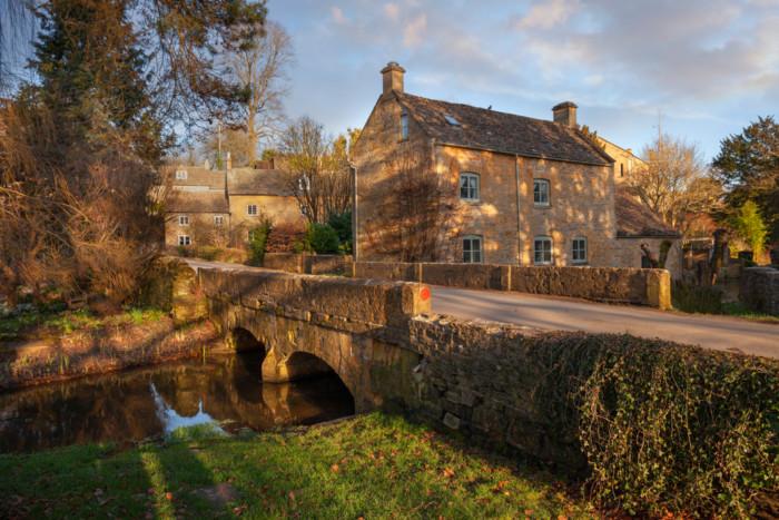 cotswolds pretty villages