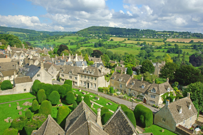 scenic towns in the cotswolds
