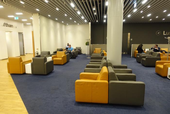 Lufthansa-Lounge-London-Heathrow-7Lufthansa-Lounge-London-Heathrow-7