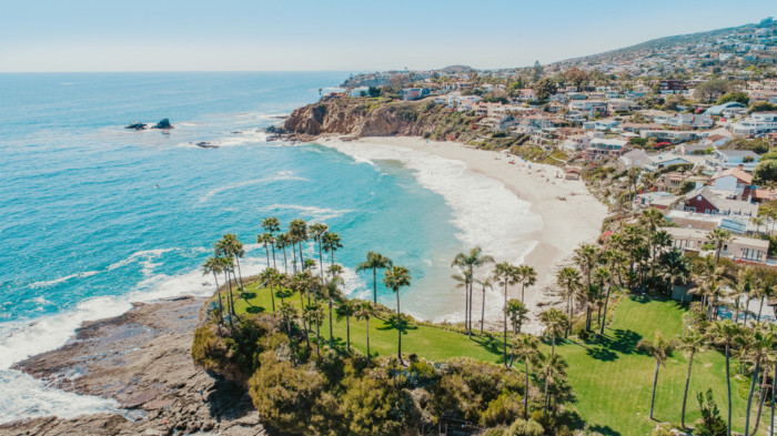 list of scenic small towns in California