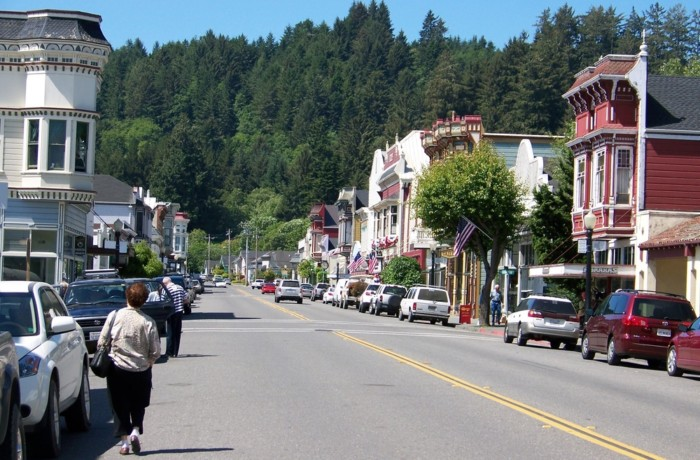top 10 small towns in California
