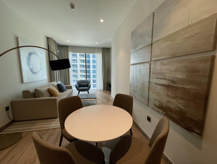 Jumeirah Living Marina Gate review and photos