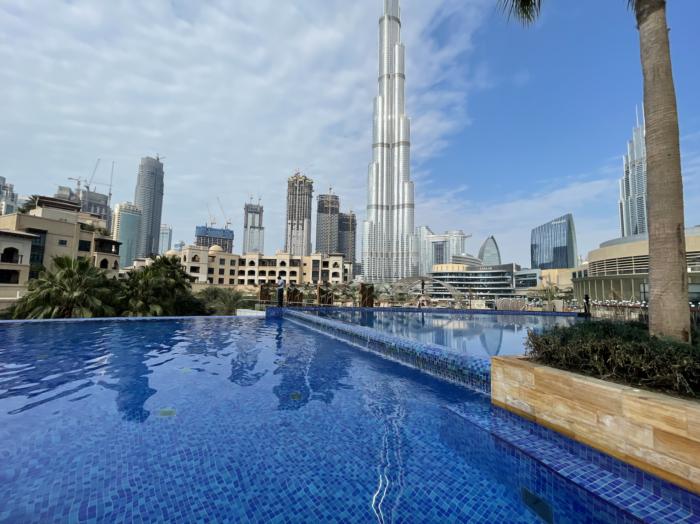 The Address Downtown Hotel Dubai pool