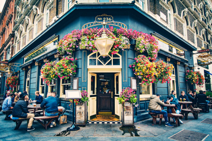sightseeing in london pubs