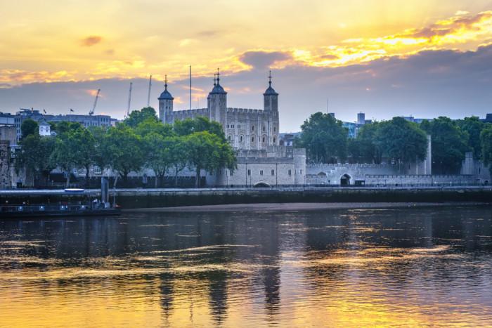 tower of london - London sightseeing