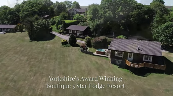 hot tub cottage in UK
