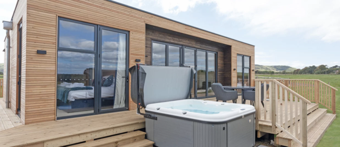best hot tub lodges in the UK