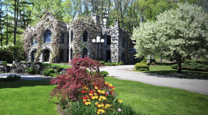 the best castles in new york state