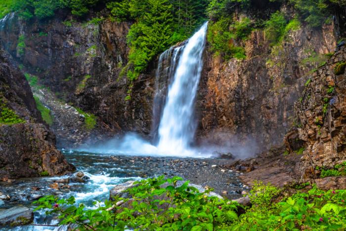 best waterfalls near seattle