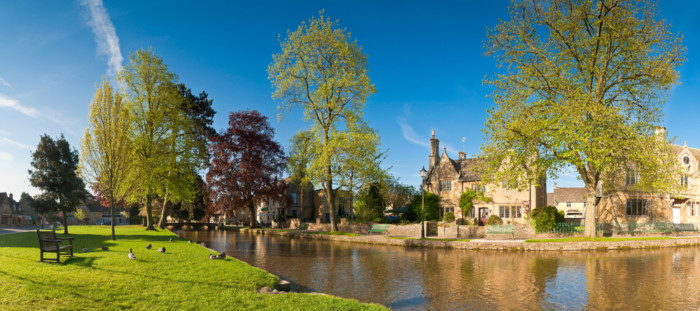 photos of bourton-on-the-water