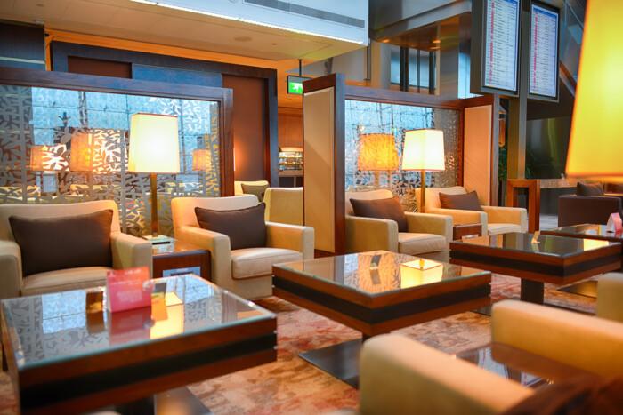 Emirates Business Class Lounge Dubai