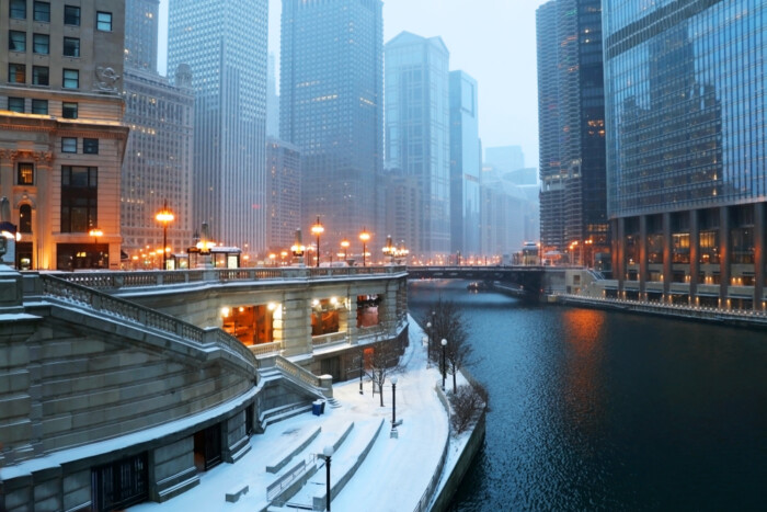 what is the coldest month in Chicago?