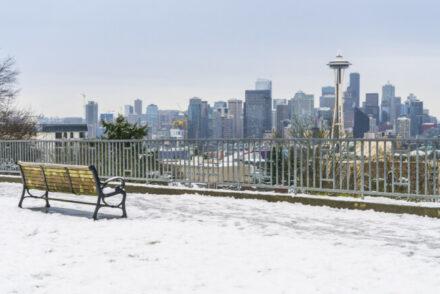 Does it snow in Seattle?